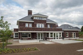 woonhuis BovenLeeuwen rosta antigoon gesinterd